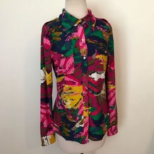 BCBG abstract retro psychedelic snap down blouse-M